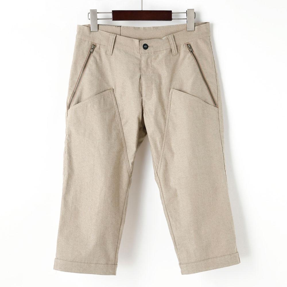 裾ベルト付クロップドパンツ 膝上ポケット サンドベージュ